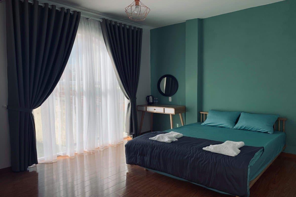 Cách phối màu xanh lá của Rainbow Room Đà Lạt