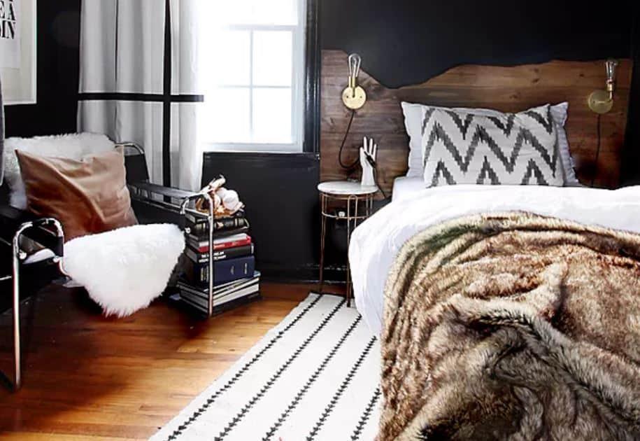 Mẹo phong thủy: Cách khắc phục hướng đặt giường ngủ đối diện cửa ra vào 4